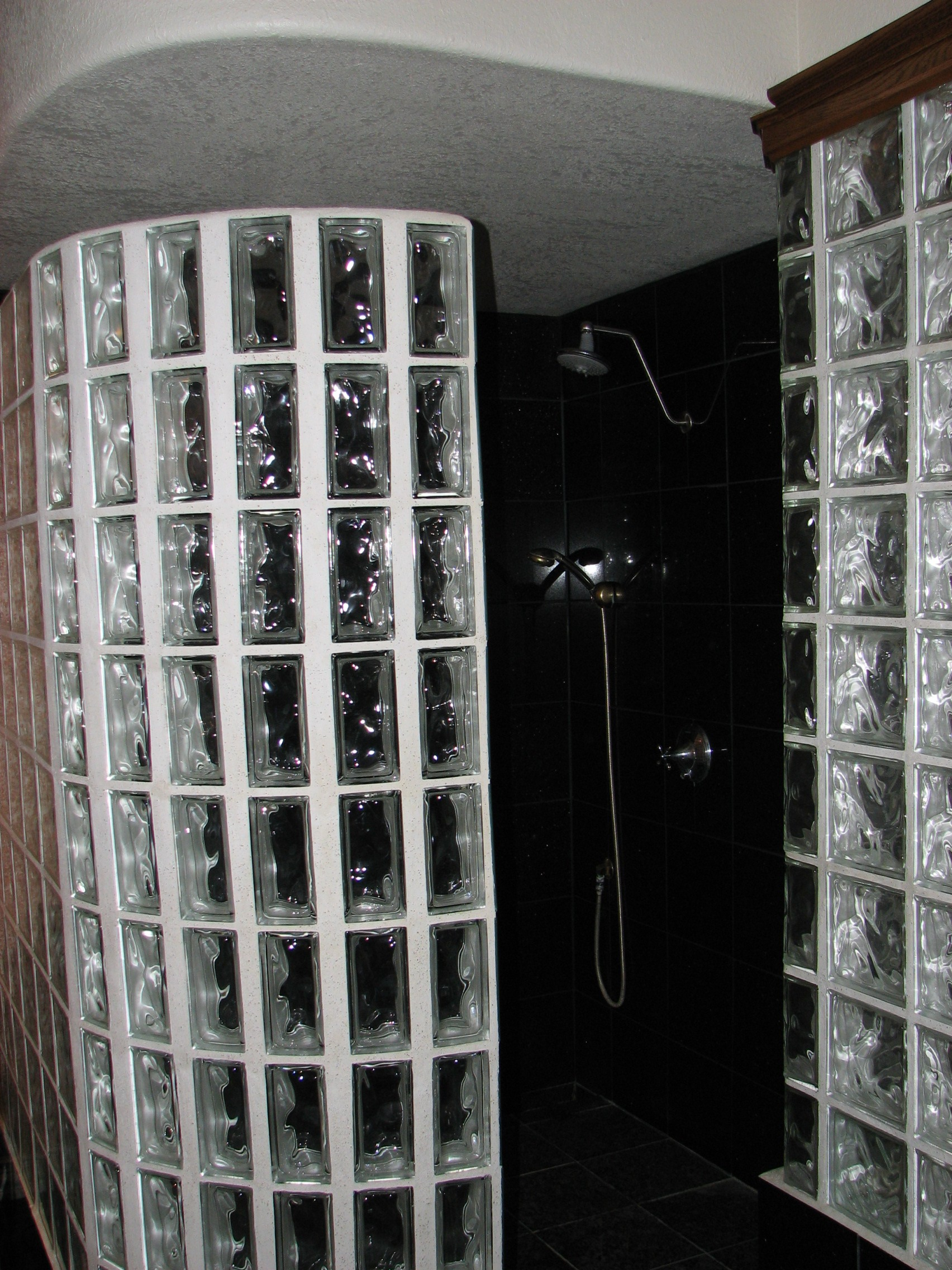 Custom Walk In Showers With Glass Block Walls