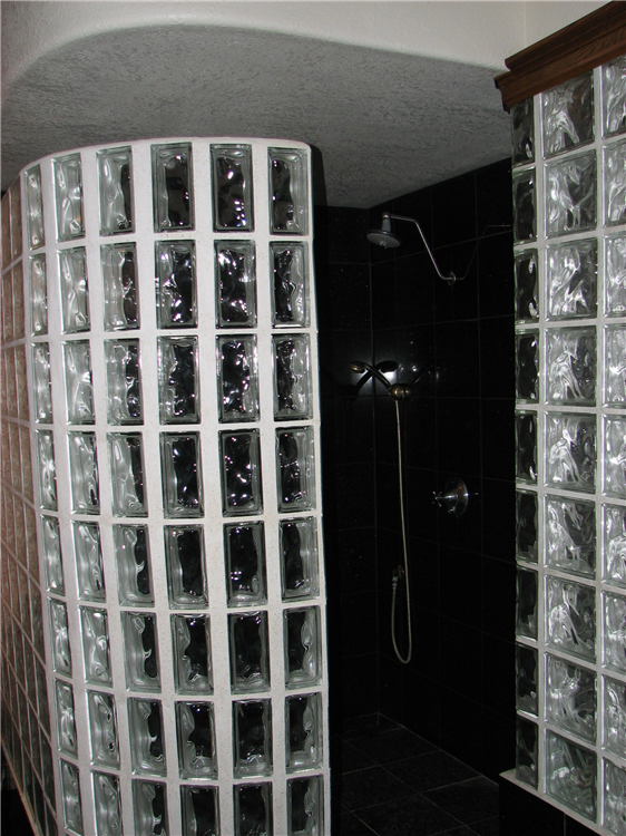 Custom Walk In Showers in Austin