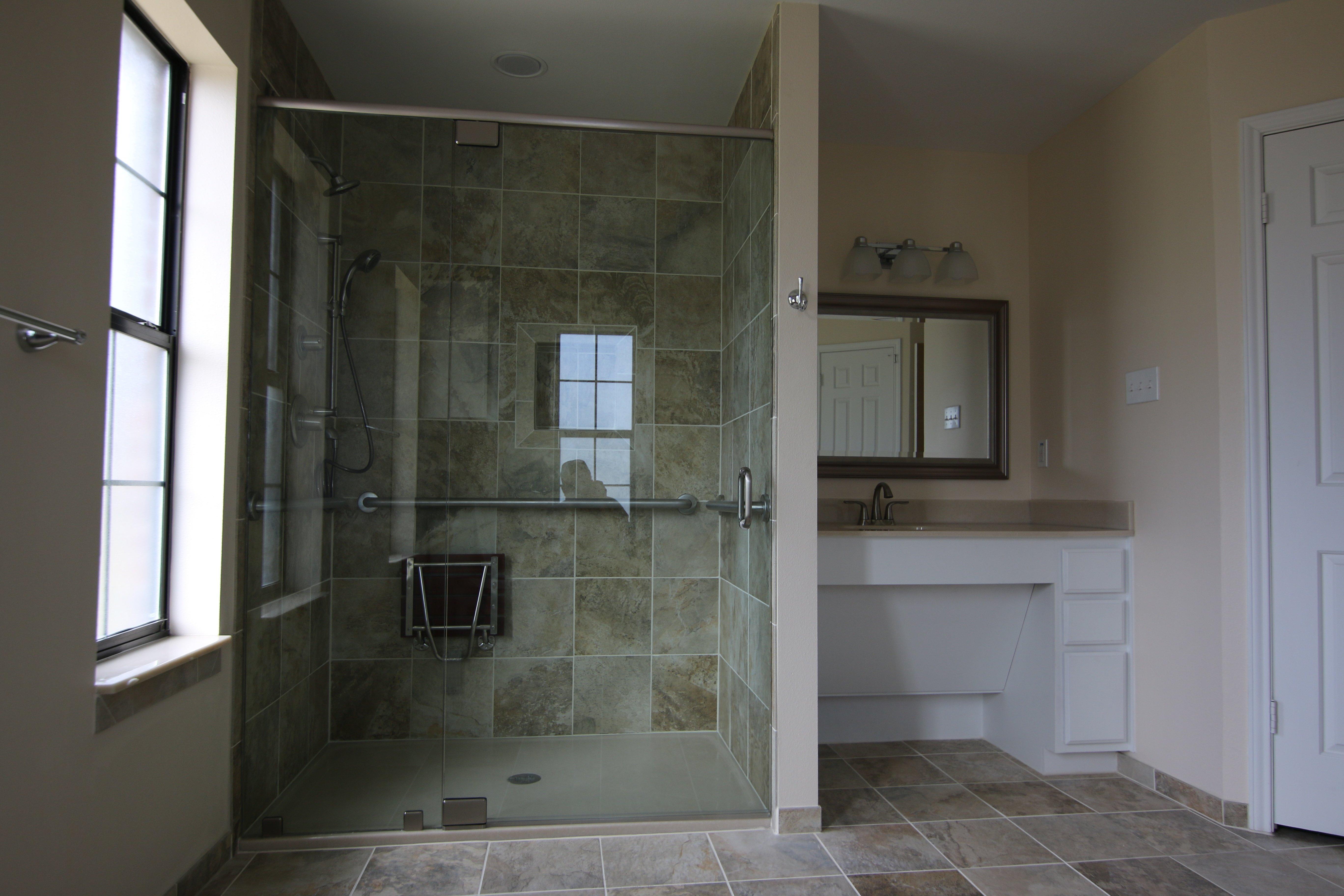 wheelchair accessible bathrooms in Austin