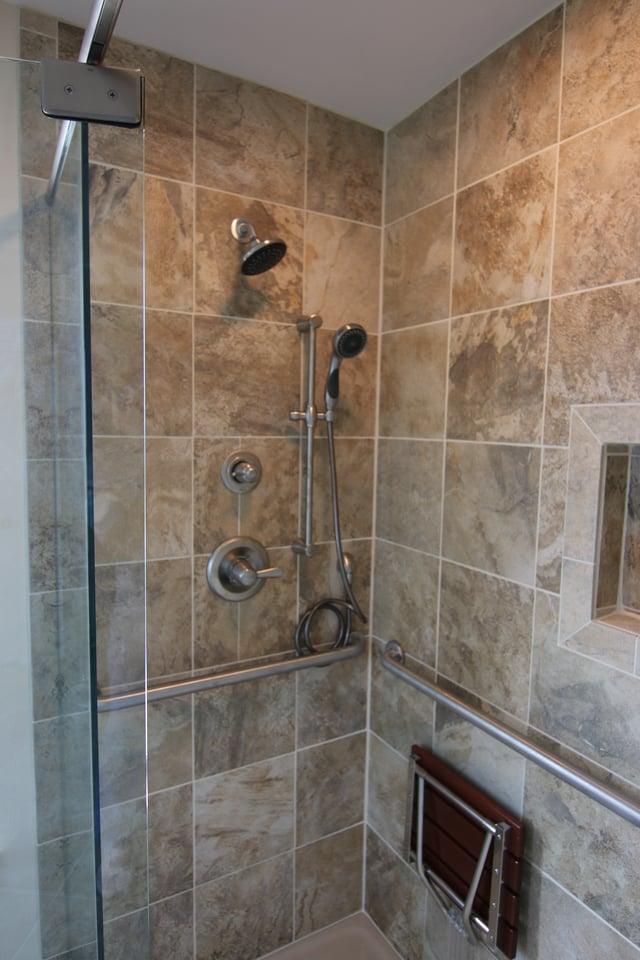 ADA Showers In Austin, Texas