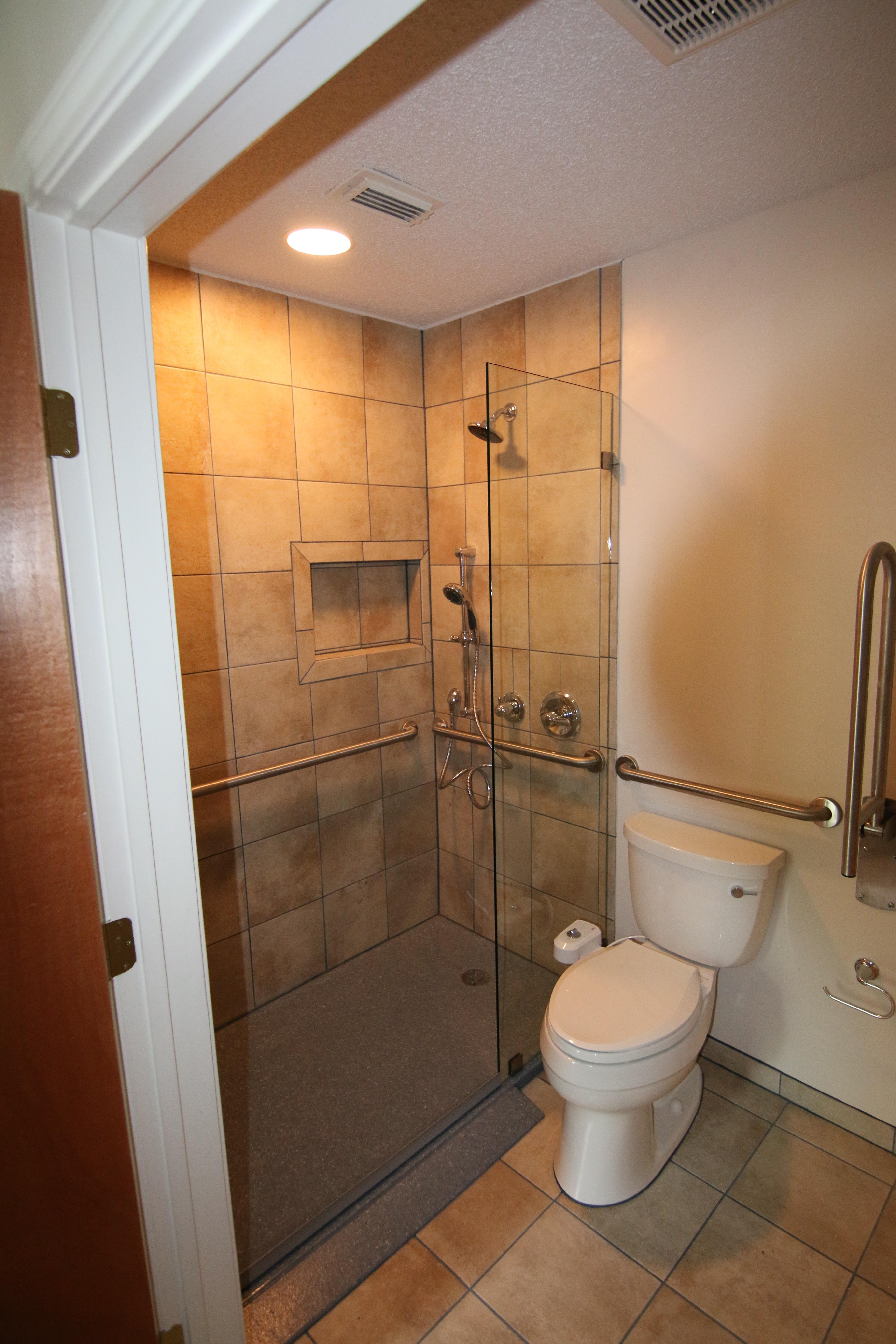 Wheelchair accessible baths in Austin